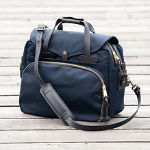 Filson Laptop Tasche Navy