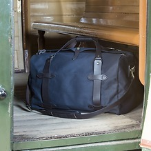 Filson Duffle Medium Navy