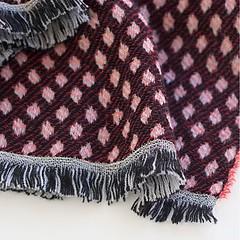 Sara Mantignoni Schal Himbeer mit grauem Streifen