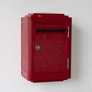 Briefkasten La Boîte Jaune Rot