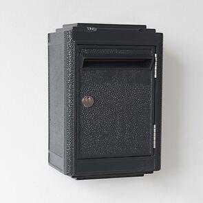 Briefkasten La Boîte Jaune Dunkelgrau