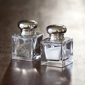Salz- und Pfefferstreuer aus Bleikristall