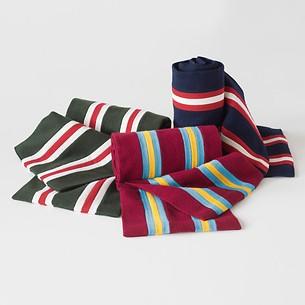 Englische College Schals