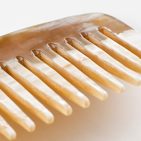 Handgemachte Hornkämme