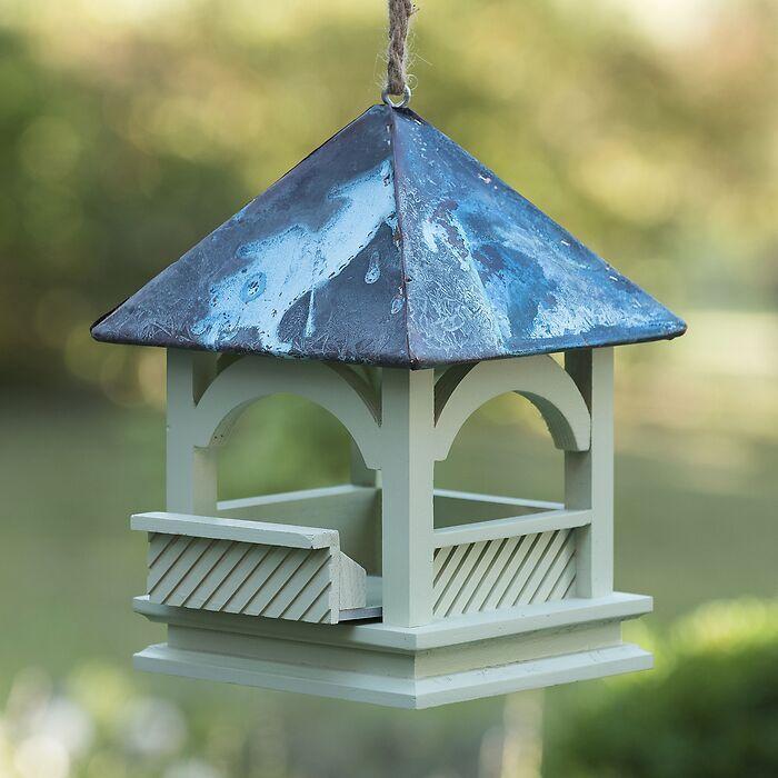 Kleines grünes Vogelhaus