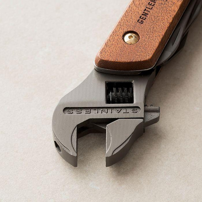 Engländer XXL: Verstellbarer Schraubenschlüssel mit Zubehör