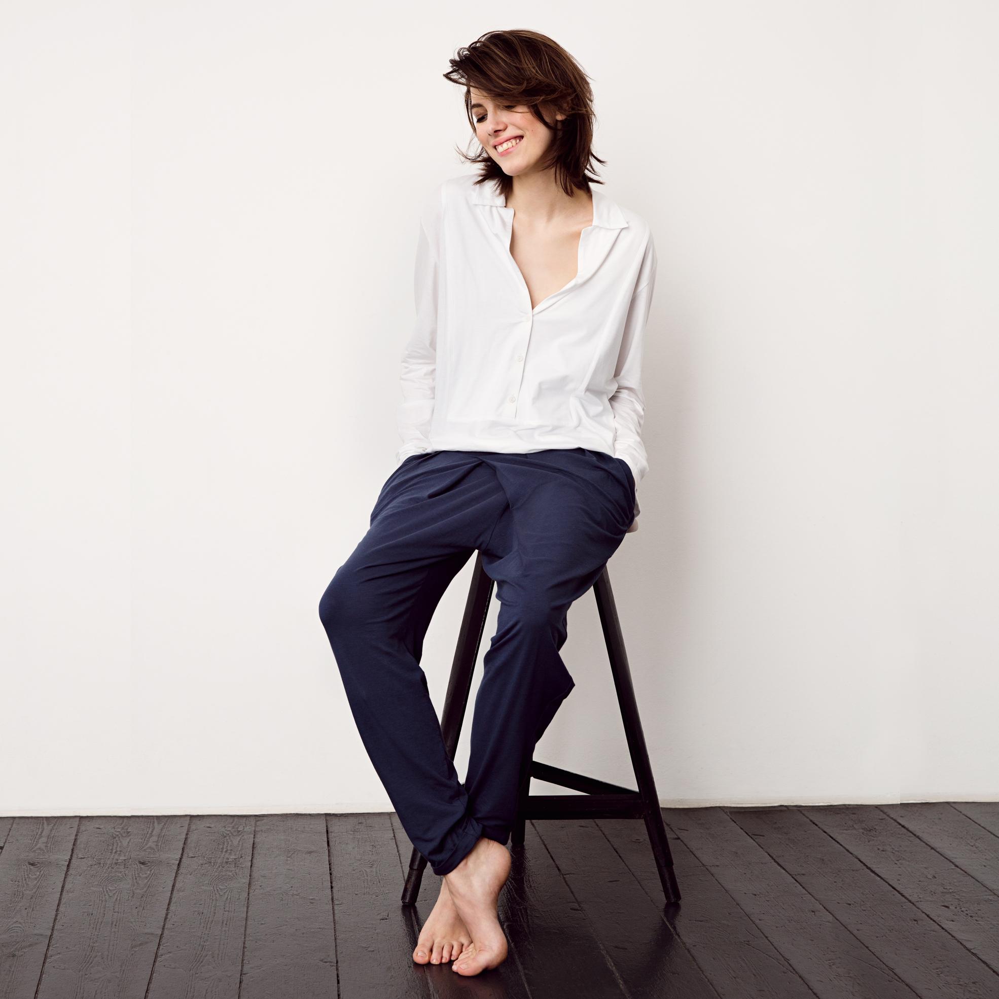 sunday in bed shirt noemi langarm bei. Black Bedroom Furniture Sets. Home Design Ideas