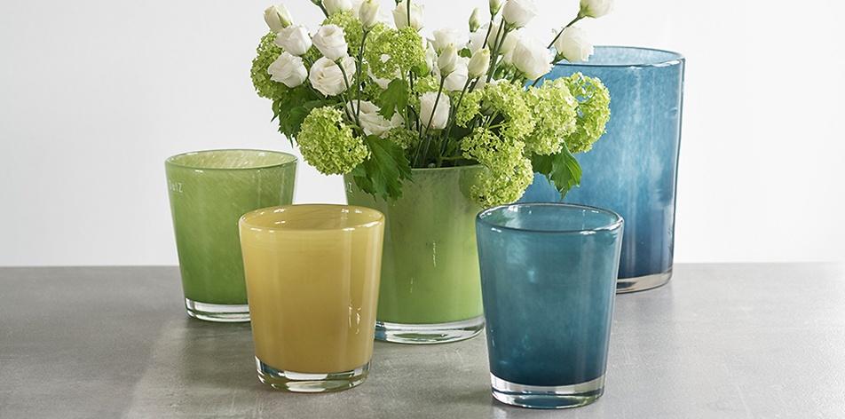 Dutz Vasen in neuen Farben