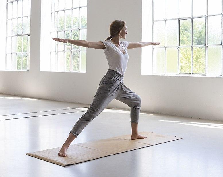 Yogamatte, Yogahose und weitere Asseccoires